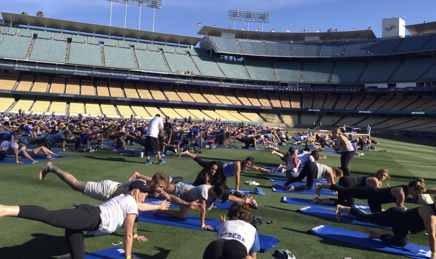 los-angeles-dodgers-yoga-day
