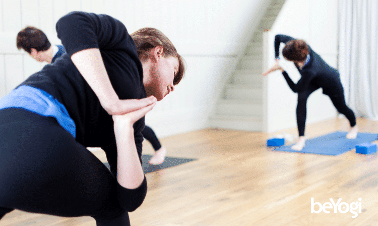 The Yoga Pros Tips for How to Find Inexpensive Yoga Teacher Insurance